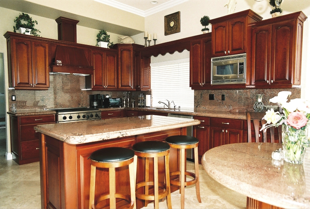 Kitchens from artistry custom cabinets for Residential cabinets